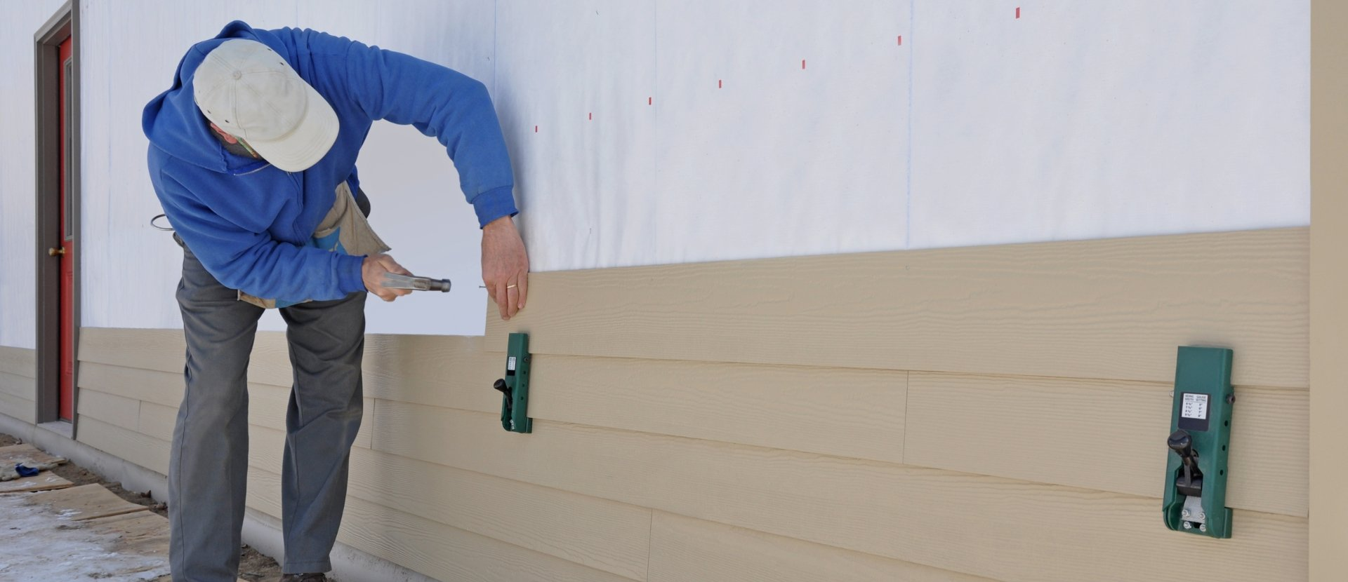 residential siding contractors near me